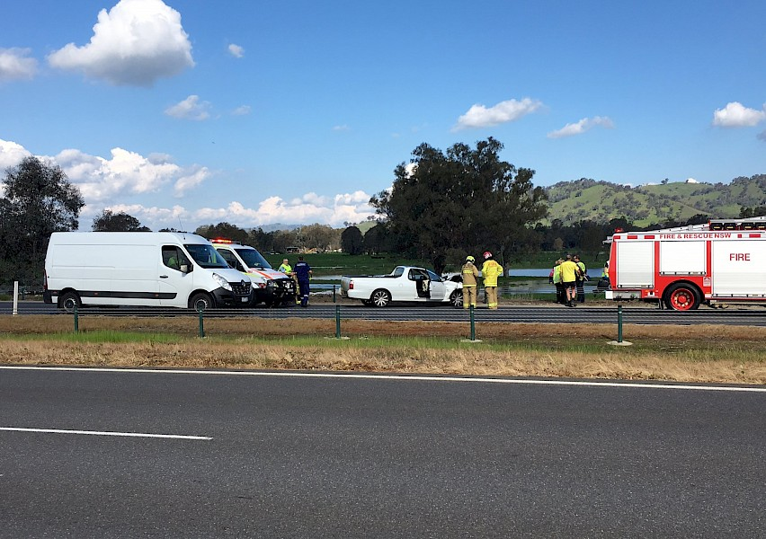 Freeway Accident - 1494 2AY - Local / National News